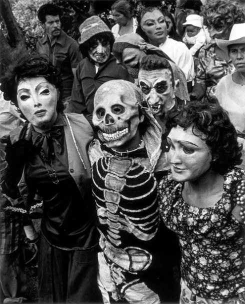 iturbide-graciela-1984-procession-chalma-mexico_peq
